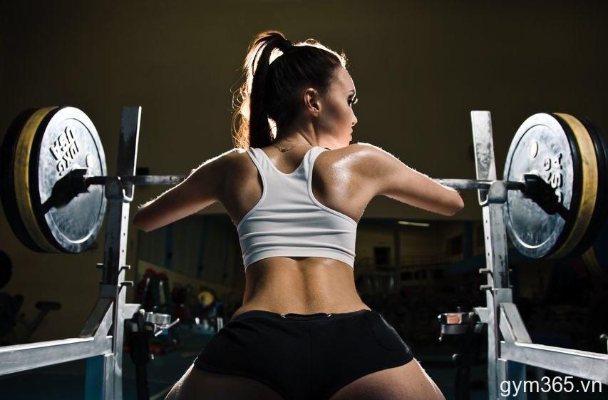 Kết quả hình ảnh cho women training in gym
